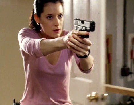 In episode 3x02- In Birth And Death, what did the unsub hit Prentiss with??