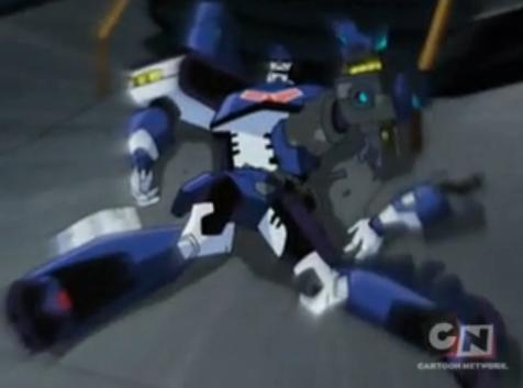 which decepticon attacked ultra magnus and stoll his hammer