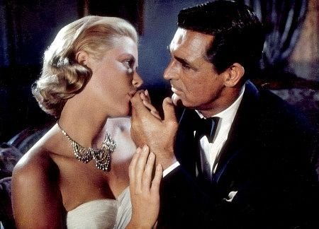"Grace Kelly : In ""To Catch a Thief"" she played ?"