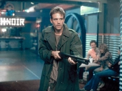 What make of trainers (sneakers) did Kyle Reese wear in The Terminator?