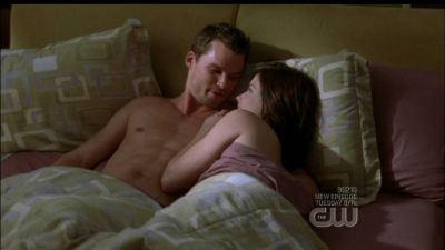 Name the scene:Brooke and Julian wake up together…Brooke made sex مقبول