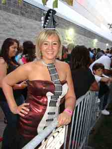 "Besides Season 9 American Idol, what other reality show has ""Guitar Girl"" Holly Hardin been on?"