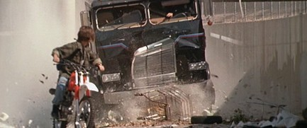 In T2, what was the make of truck driven by the T-1000 in the first chase scene?