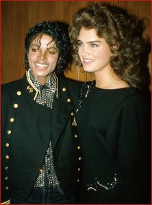 who is in the foto with Michael?