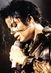 wanna be startin' somethin' is a song about billie jean.true 또는 false?