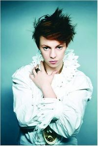 "Who is the ""other half"" of La Roux?"