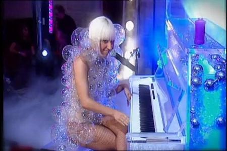 What song did Lady GaGa perform from this screen shot?