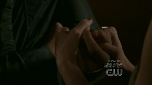 T/F : It's Leyton's hands ?