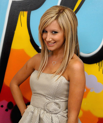 In the series starred Ashley Tisdale?