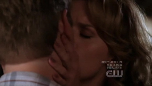 Not including the flashbacks, it's the only Leyton's kiss in the season 5 ?