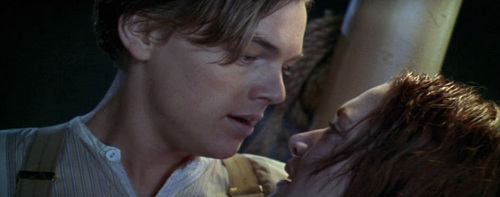 if jack kiss rose in this scene?