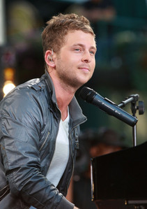 The producer of the song soaked was Ryan Tedder from Onerepublic, true or false?