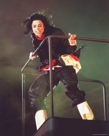 during what song did michael ALWAYS go on the cherrypicker?