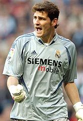When was Casillas debut with Real Madrid? Agaist who?