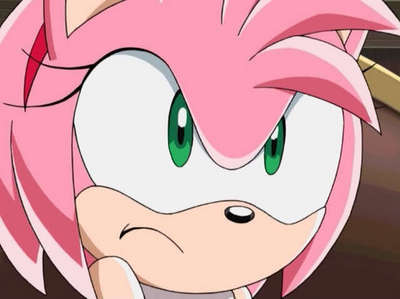 Who is Amy's major rival when it came to winning Sonics heart?