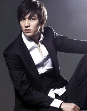 How do Lee Min Ho relieve stress?