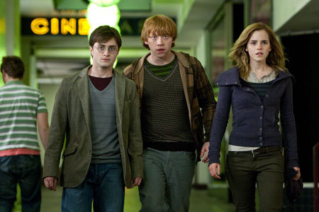 In the deathly hallows, did ron leave the trio for a period of time