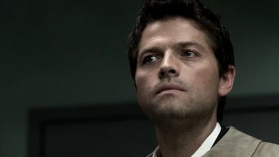 "In ""Good God Y'all"", What did Castiel say the amulet would do in God's presence?"
