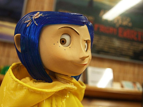 What song should Coraline sing alone
