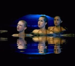 In what episode do Emma and Cleo have to take Rikki to the moon pool where she accidentally makes the water boil?
