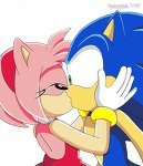 would anda like to see sonic and amy Ciuman