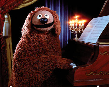 What is the name of the dog in 'The Muppet Show' ?
