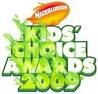 """In the kids choice awards in 2009 who was """"pole dancing"""" while singing?"""