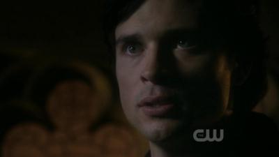 Clark: Lois Lane is off limits.You go near Lois again,i will destroy anda all.
