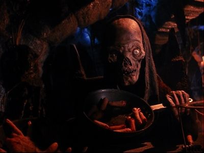 Which episode has the Cryptkeeper cooking up chopped fingers?