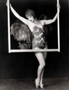 How tall was Louise Brooks?