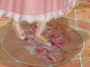 How many Barbie princesses wear pink shoes/sandals?