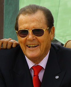 In which year was Roger Moore born ?