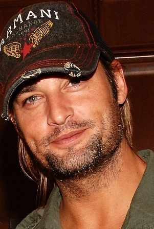 Before playing Sawyer on Lost, Josh Holloway had appearances on all of these shows EXCEPT for.....