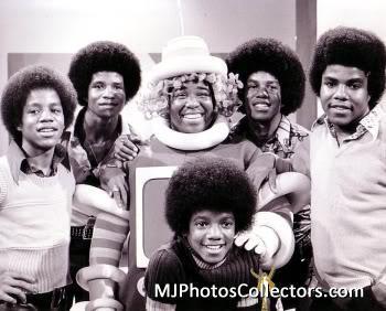 Which member of the Jackson 5 has the same birthday as Katherine Jackson?