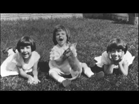 what is judy garland's sisters name ?