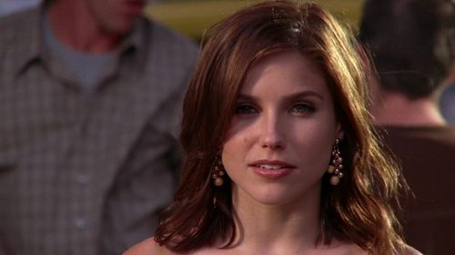 "True oder false: Brooke is the last girl to say ""Just pick one"" in Lucas' 6x01 dream."