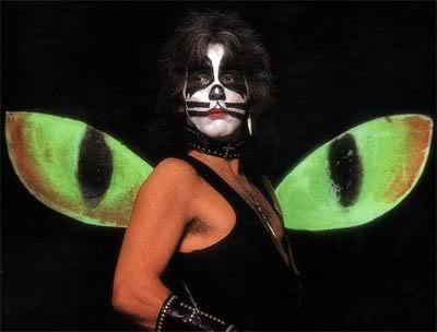 Why did Peter Criss decide on the cat persona?