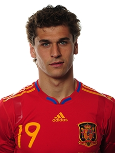 what's Fernando llorente's first international match ?