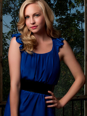 where is candice accola(caroline forbes) born in ?