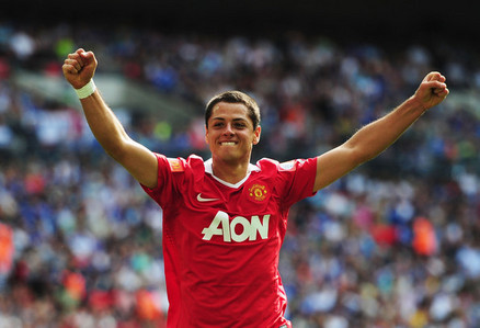 What nationality is new signing Hernandez?