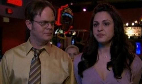 What item of comida did Dwight eat while Isabelle slept?