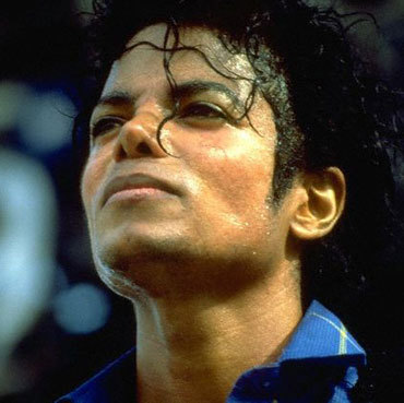 4EVER!!!!!!!!!!!!!!!!!!! i Liebe him so much..he is my life.. and for his true Fans he will never be dead..he will live 4eva in their hearts and for me,he will be dead only when everybody stop to listen his songs..and i think that will never happen Liebe U MJ 4EVER IN MY herz R.I.P. :`(((