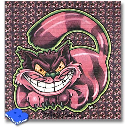i realy h8 the cheshire cat he's just so annoying and that smile freaks me out