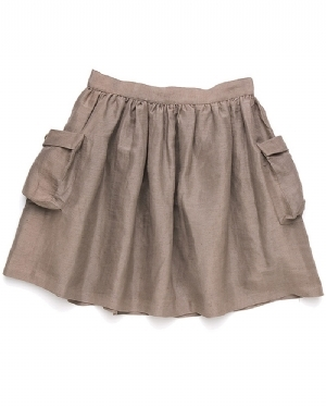 These skirts that go up to your bellybutton and they have pockets. I don't get them. They look dumb on everybody