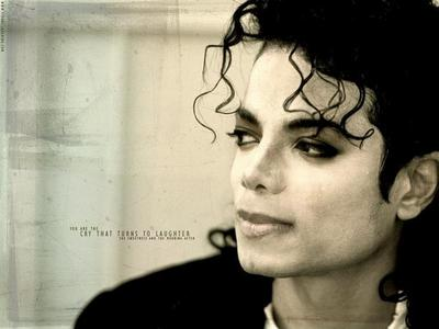 mmmm.........love the curls....the way they hang in he's face sexy..love you MJ......forever