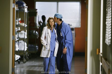 why do we amor Derek & Meredith ??