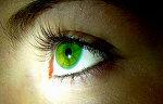 My eyes r green