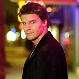 David Boreanaz! I fell in 愛 with him when I first saw him on Buffy the Vampire Slayer and he's still one of my celebrity crushes after all these years ;D