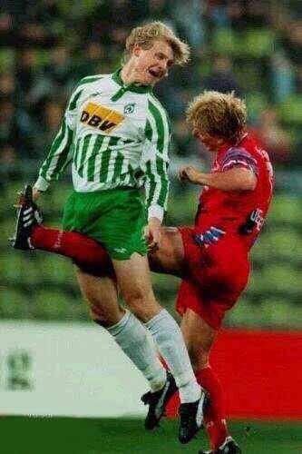 サッカー is the best sport ever.