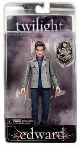 Did anyone realise that there is a spelling mistake on the back of the Edward Cullen action figure? It says that his special power is 'MIng Reading' Im impressed 의해 Ming reading, are 당신 too impressed? LOL Sorry is this has been asked. :P